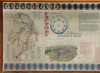 Photo of the Waungilwen information board - link to Waungilwen page